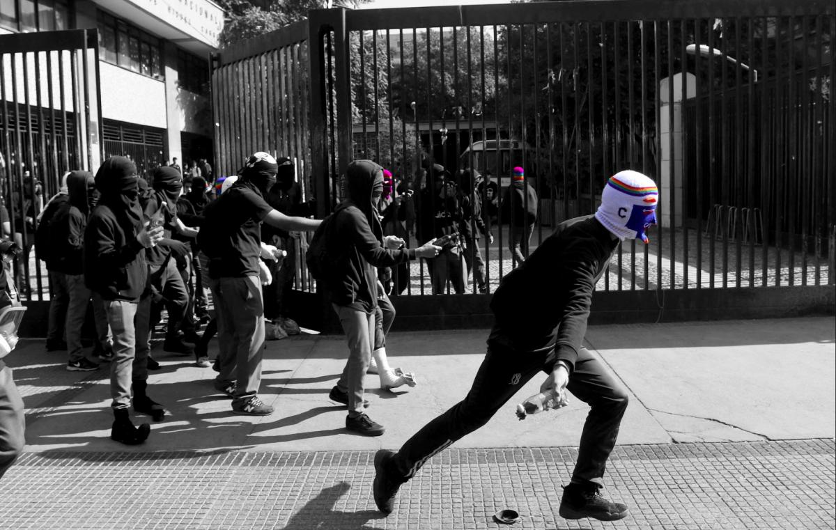 Sobre la rebelión estudiantil y la revolución social que se avecina